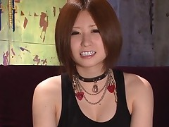 Juicy carpet munch for sexy Oriental darling in stockings
